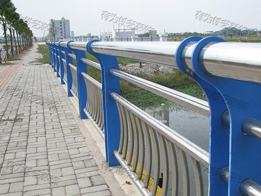 不锈钢围墙栏杆