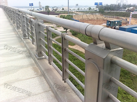 河道不锈钢栏杆厂家