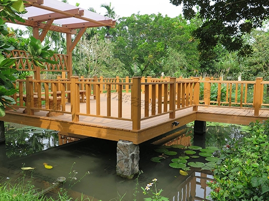 木平台栏杆