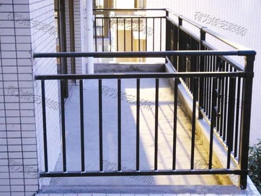 铁艺栏杆阳台