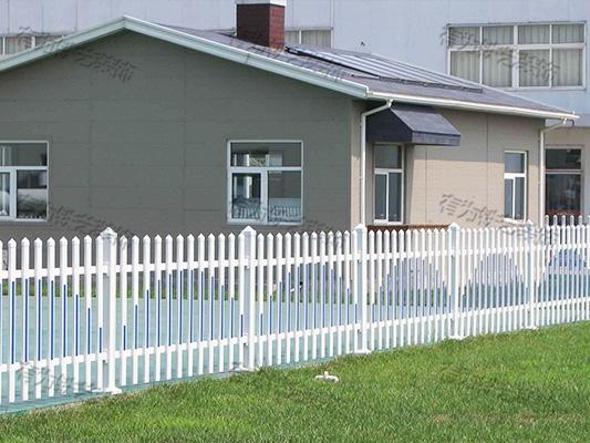 草坪栏杆价格